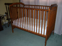 Solid Maple Crib with Mattress
