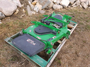 """JD 7 IRON COMMERCIAL 72"""" BELLY/ MID MOUNT MOWER"""