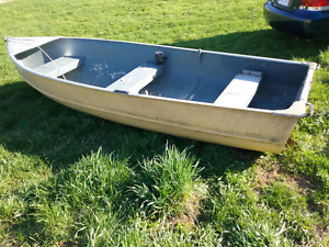 12' aluminum boat for sale