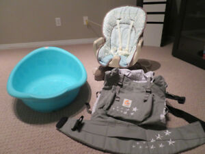 Fisher price baby chair and Ergobaby carrier  Excellent