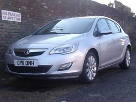 Vauxhall/Opel Astra 1.4i 16v Turbo ( 140ps ) Exclusiv 2011(11) 5 Door Hatchback
