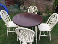 Gorgeous table and 4 wheelback chairs