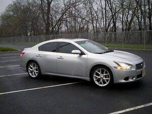 2013 Nissan Maxima SV, BOSE, Private sale - Negotiable