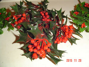 ASSORTMENT OF LARGER SEASONAL CRAFT ACCENTS & DECORATING SPIKES Windsor Region Ontario image 4