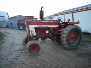 IH Tractors In Need of Repair