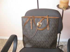 Authentic purses, spring cleaning, like brand new..