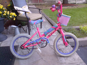 "Girls bike pink 16"" Wheels"