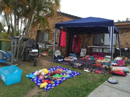 Garage sale today  Boronia Heights Logan Area Preview