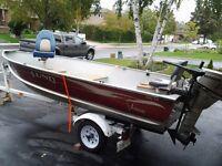 2001 14' Lund aluminum boat with 2001 15hp Honda motor