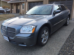 REDUCED - 2007 Dodge Magnum SXT 6 CYL AWD Leather