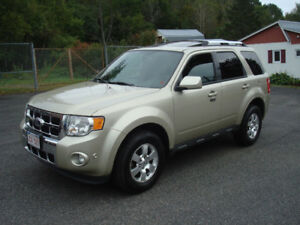 2012 Ford Escape Limited - 3.0L V6 AWD - Loaded - New MVI!!