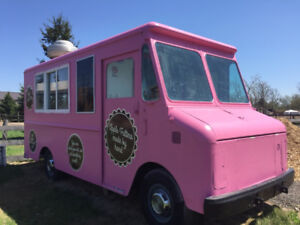 Great Food/Chip Truck For Sale