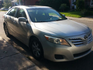 2010 Toyota Camry LE Berline 4CYL