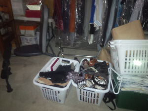 many pairs of mens shoes  size 8 to 8.5 mostly