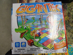 GIGANTIK snakes n ladders Peterborough Peterborough Area image 1