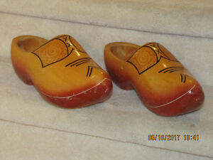 Wooden Shoes - Adult
