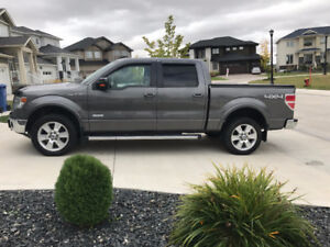 2013 FORD F150 LARIAT 4X4 SUPERCREW - LOW KM's and LOADED!!!