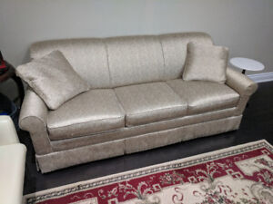 3 Seater Lazboy Sofa Gold Couch *Great Condition*