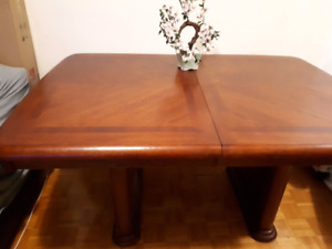 Solid wood dining table for 4