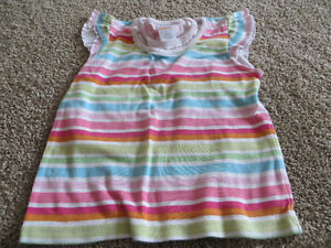 9 Girls size 5 tank tops and t-shirts Kitchener / Waterloo Kitchener Area image 3