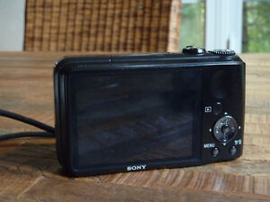 Sony DSC-H90 16.1MP Digital Camera with HD Movie + Panoramic Mod Cornwall Ontario image 3