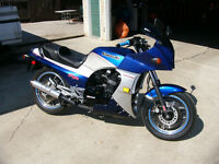MINT VINTAGE GPZ900 NINJA - TRADE FOR SNOWMOBILE
