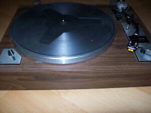 TURNTABLE  --  TAYA  --  MADE IN JAPAN