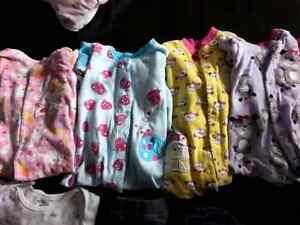 Lot de pyjamas 12 -18 mois