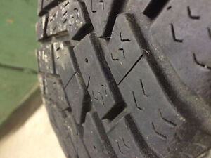 Winter tires 185\65\R14 Goodyear Ultra Grip Cornwall Ontario image 3