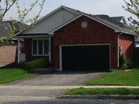 Amazing detached bungalow home in South-east Barrie - Available