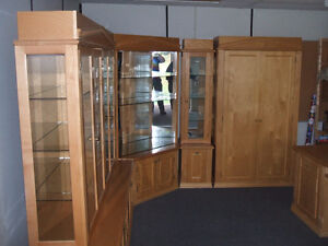 CUSTOM BUILT DISPLAY UNIT PINE WITH GLASS AND LIGHTS Kitchener / Waterloo Kitchener Area image 2
