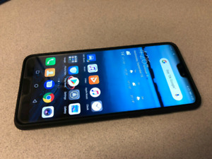 Unlocked Huawei P20 Pro 128GB with Many Cases