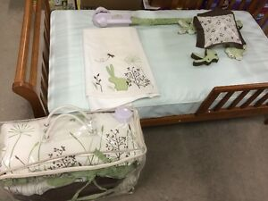 Crib bedding set and mobile - Bunny Meadows Gatineau Ottawa / Gatineau Area image 1