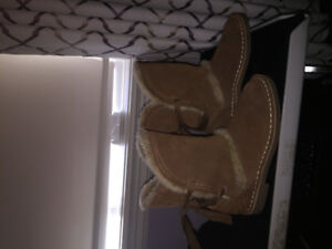 Girls Suade boots