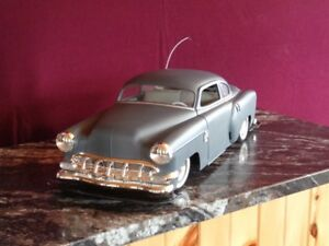 1954 Chevy Lowrider RC Model Car