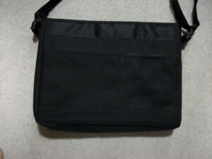 Laptop Bag, Like New, barely used.