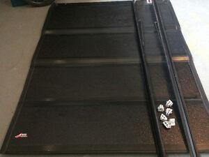 Tonneau cover - 6.5ft box