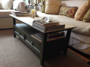 Beautiful Solid Wood Coffee Table, bottom shelf, 2 drawers