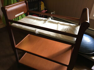 Diaper changer table with mattress