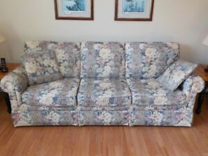Sofa and chair set - price reduced