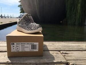 INFANT YEEZY BOOST 350 RARE SIZE 6k TURTLE DOVE