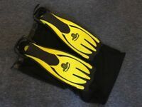 Typhoon Pro Strap Scuba Diving Fins Yellow S/M UK with mesh bag