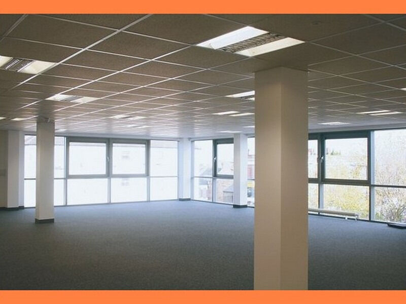 ( GU15 - Camberley ) Serviced Offices to Let - £ 200