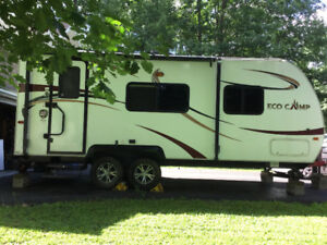 Roulotte Ecocamp Skiline, 2014, 19 pieds,