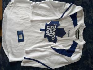 Maple Leaf  practice jersey