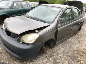 2005 Toyota Echo ** FOR PARTS ** INSIDE & OUTSIDE **