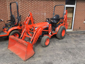 Kubota B2301 Tractor, Loader, Backhoe