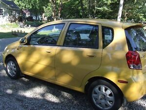 2004 Chevrolet Aveo ALX Hatchback Cheap on gas