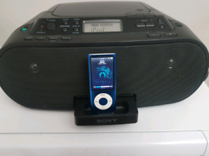 Sony Portable Boombox, Model: ZS-S2iP