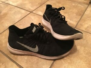 Nike Size 7Youth Shoes